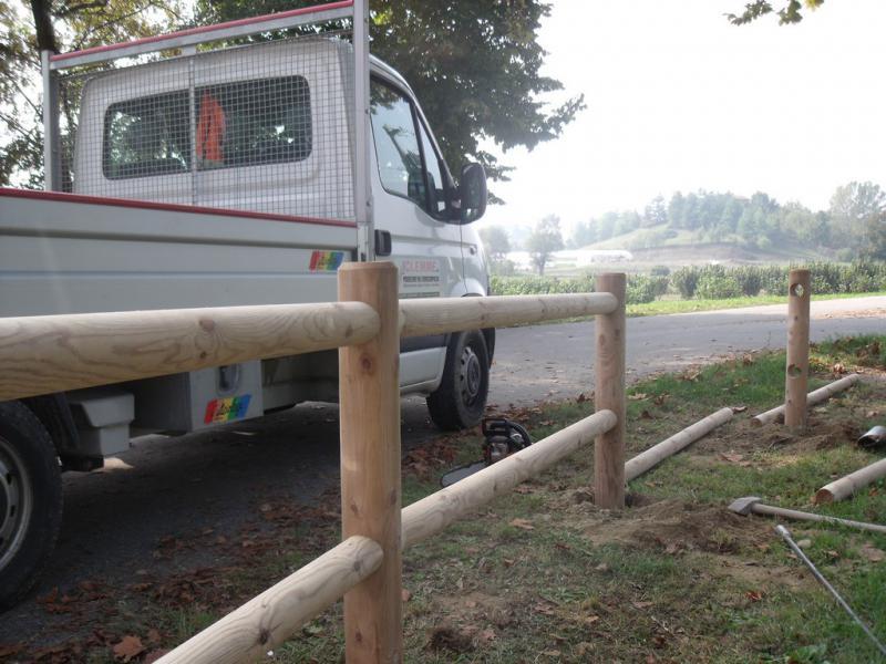 realizzazione staccionata in legno